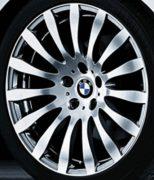 Original BMW Alufelge 3er E90 E91 E92 E93 Radialspeiche 190 Poliert in 19 Zoll für hinten
