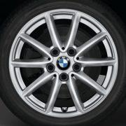 BMW Winterkompletträder (4er Set) V-Speiche 471 silber 16 Zoll 2er F45 F46 RDCi