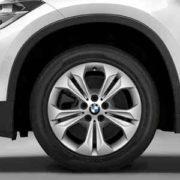 BMW Winterkompletträder (4er Set) Doppelspeiche 564 silber 17 Zoll X1 F48 RDCi